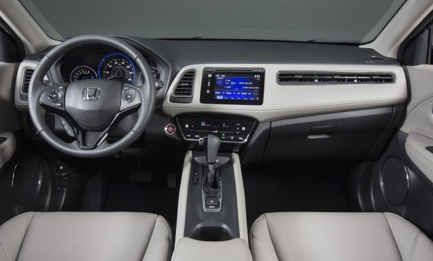 2018 Honda HR-V interior